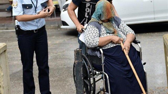 51 yaşındaki şüpheli Aysel U, polis ekiplerince götürüldü.