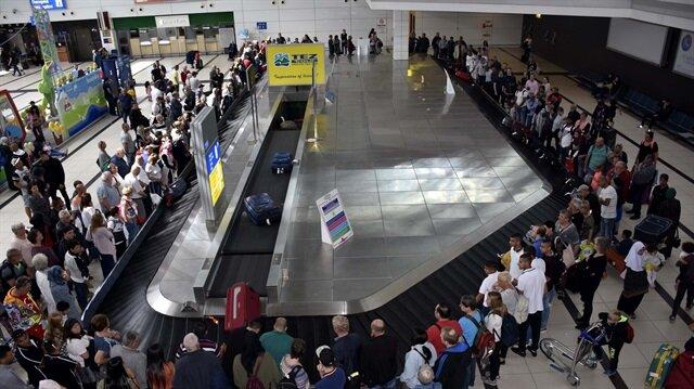 Antalya'ya gelen turist sayısı 5 milyonu aştı.