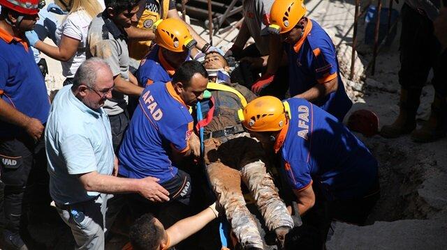 Gaziantep'te 3 işçi çöken istinat duvarının enkazında kaldı.