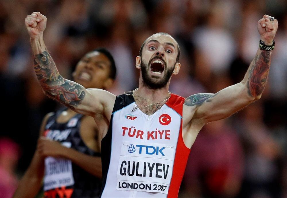 Ramil Guliyev 200 metrede son 4 dünya şampiyonu Usain Bolt'un tahtını devirdi.
