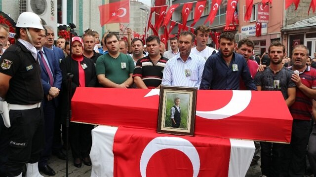 Teröristlerce katledilen Eren Bülbül son yolculuğuna uğurlandı.