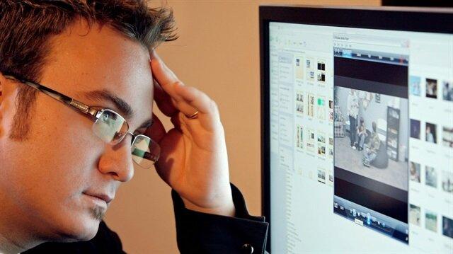 İşi için sürekli bilgisayar başında olan kişi de, sosyal medyada dolaşan kişi de çeşitli sebeplerle göz problemleri yaşamaktadır. Bu durum günümüzde göz hastalıklarına zemin hazırlar veya zemindeki gizli bir bozukluğun ortaya çıkmasına sebep olur.