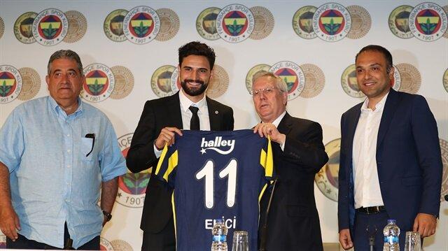 Fenerbahçe Başkanı Aziz Yıldırım, sezonun ilk transferini Mehmet Ekici'yle gerçekleştirmişti.