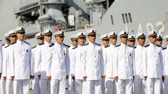 Deniz Harp Okulu öğrencileri açık deniz eğitimi aldı.