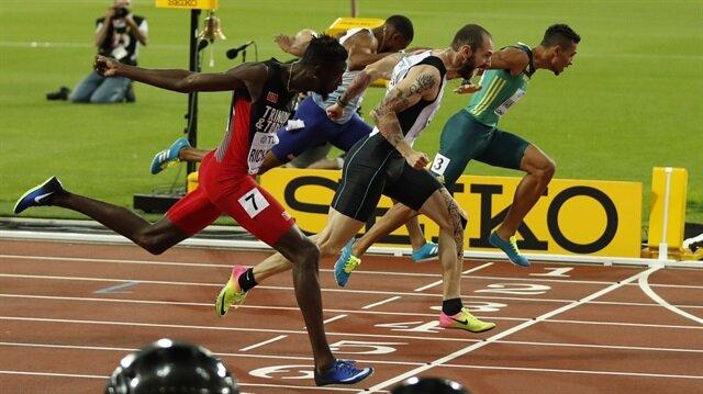 Milli atletimiz Ramil Guliyev, 200 metre finalinde altın madalyanın sahibi olarak tarihe geçme başarısı gösterdi.