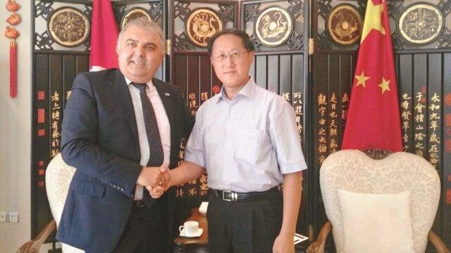 Başkonsolos Ni Xiaojing, ENSİA yönetiminin kendilerini ziyaretinden duyduğu memnuniyeti dile getirerek, en kısa sürede iade-i ziyarette bulunacaklarını söyledi
