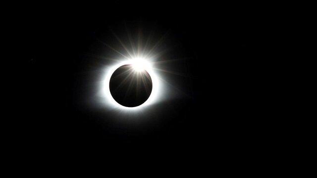 Güneş Tutulması Gerçekleşti Işte En Güzel Güneş Tutulması