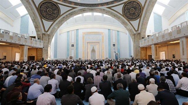 25 Ağustos Cuma hutbesi: Allah'a yakın olma arayışı: Kurban