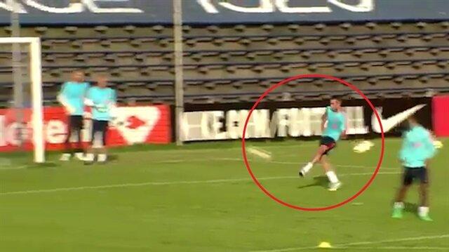 Van Persie Hollanda milli takımı antrenmanında döktürüyor!