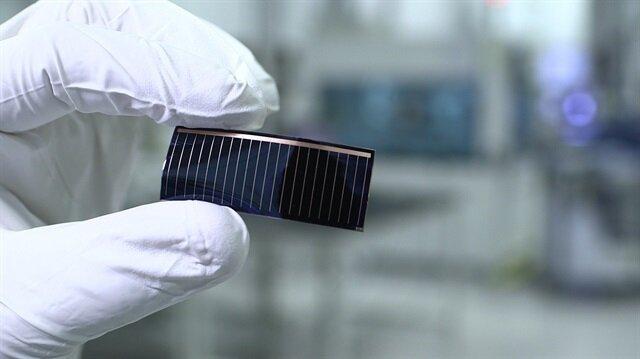 Kullanacağı yeni teknoloji ile Audi, modellerinden yer alan sunroofları güneş enerjisi panellerine dönüştürüyor.