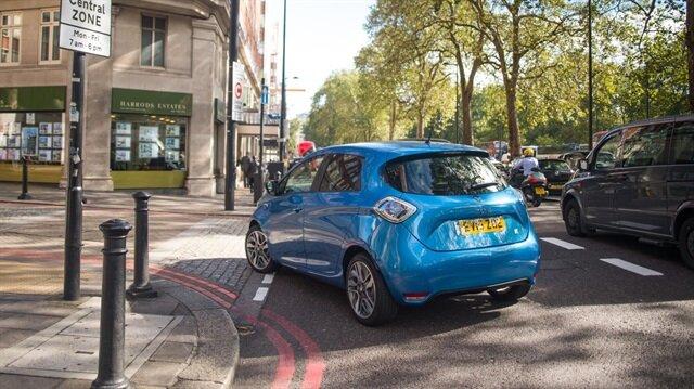 İskoçya, şehirleri emisyonsuz hale getirmek için akaryakıt ile çalışan otomobilleri yasaklayacak.