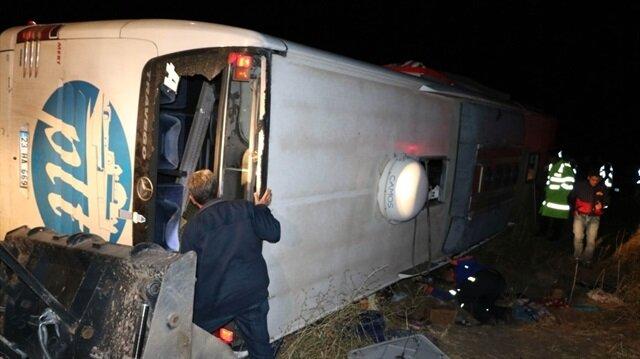 Yozgat'ta trafik kazası 3 ölü 43 yaralı