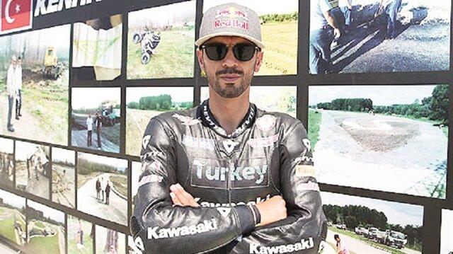 Milli motosikletçi Kenan Sofuoğlu