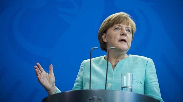 Merkel'den Türkiye çarkı: Durduramayız