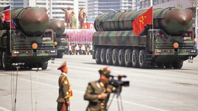 Kuzey Koreçılgına döndü