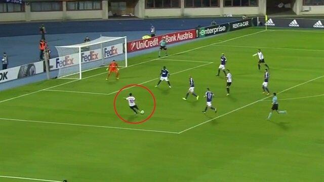 Hakan Çalhanoğlu Milan'da şov yaptı: 1 gol 2 asist