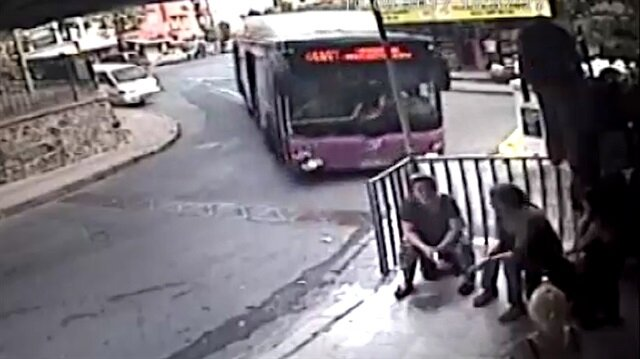 İstanbul'da otobüs faciası teğet geçti