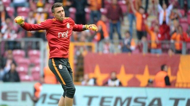 Galatasaray'ın Uruguaylı file bekçisi Kasımpaşa maçıyla birlikte sarı kırmızılı formayı 250. kez giyecek.