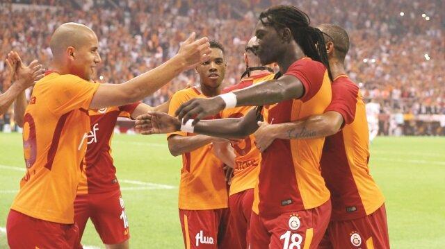Galatasaray, Kasımpaşa'yı Bafetimbi Gomis'in 2 golüyle devirdi.