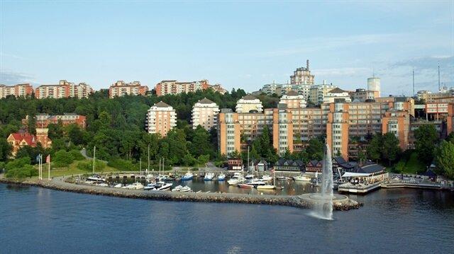 İsveçli belediye Suriyeli aile için 3 ev satın aldı