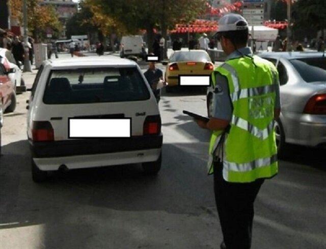 Polis aracına ceza yazıldı