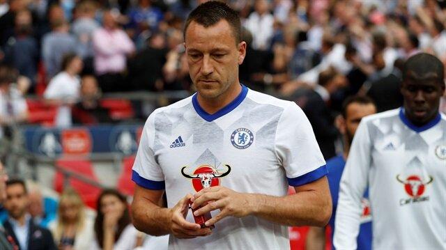 John Terry yaz transfer döneminde Chelsea'den Aston Villa'ya transfer oldu.