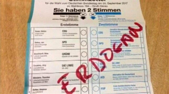 Seçim pusulasına Erdoğan yazarak tepki gösterdi