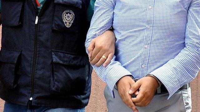 Manisa'da FETÖ/PDY'ye yönelik soruşturma kapsamında gözaltına alınan 1 kişi tutuklandı.