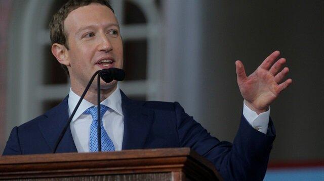 Facebook'un CEO'su Mark Zuckerberg, Harvard'ta bir konuşma yapıyor.