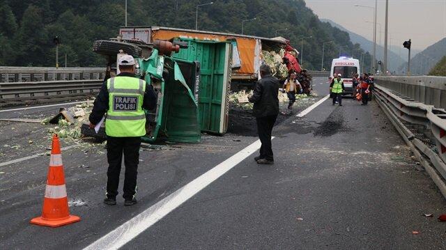 Polis ekipleri olay yerinde incelemede bulundu. Olay yerine gelen ambulanslar yaralıları hastaneye taşıdı.