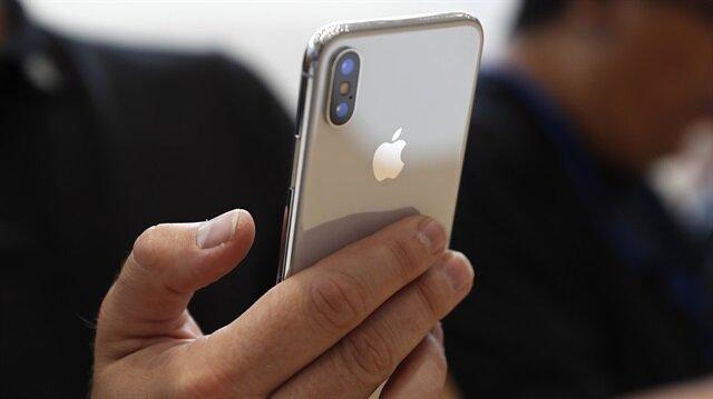 iPhone X'in Türkiye'de yaklaşık 6 bin TL'den satışa sunulması bekleniyor.