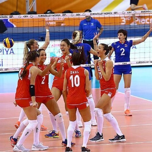 Turkey set for semifinals in top Euro volleyball bout