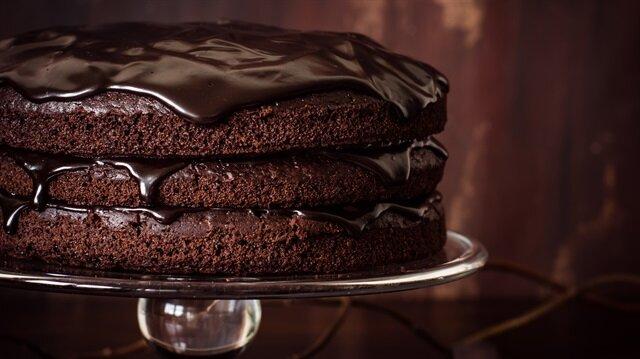 Fırında 125 derecenin üstünde pişen tatlı ve yemeklerin kansere yol açtığı iddia edildi.