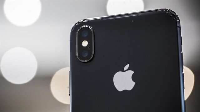 27 Ekim'de ön siparişe sunulacak iPhone X, ABD'de 3 Kasım'da satışa sunulacak.