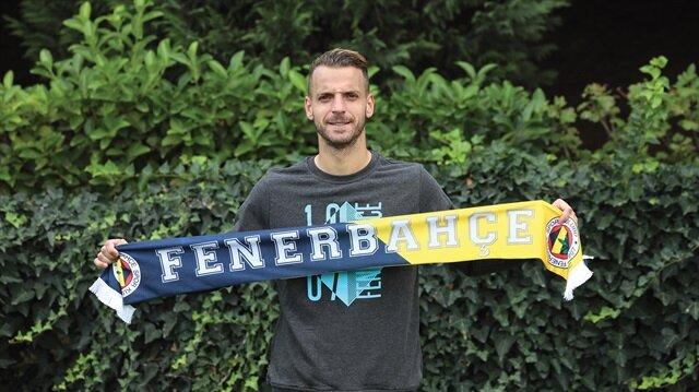 Fenerbahçe'nin yeni yıldızı Soldado, sarı lacivertlilerin dergisine özel bir röportaj verdi.