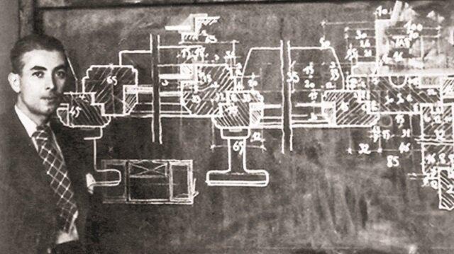 """Nazimi Yaver Yenal'ın çizimleri, """"Bir Kağıt Mimarının Hayali Dünyası"""" sergisinde gün yüzüne çıktı."""