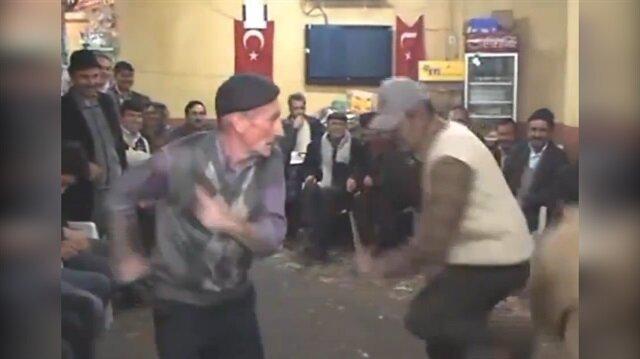 Yaptıkları dansla sosyal medyayı sallayan amcalar