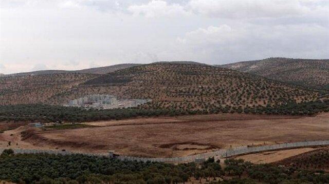 لغز أعمال البناء على الحدود السورية