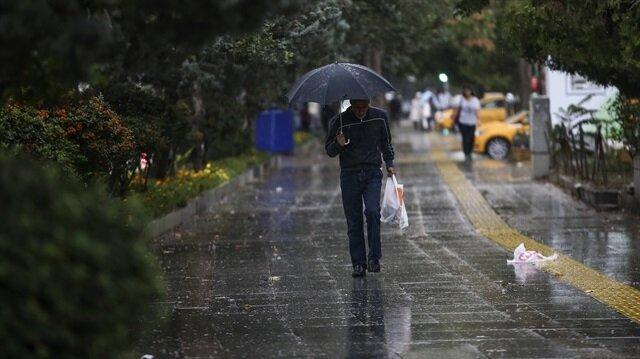 Meteoroloji, doğu illerde yağış beklendiğini açıkladı.