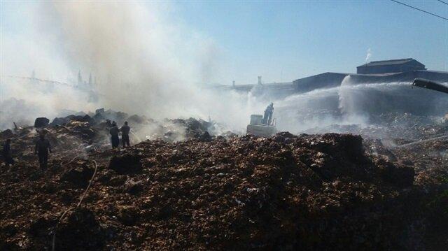 Kahramanmaraş'Taki yangında 15 ton kağıt küle döndü.
