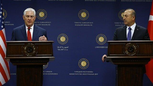 جاويش أوغلو وتيلرسون يبحثان أزمة التأشيرة بين البلدين