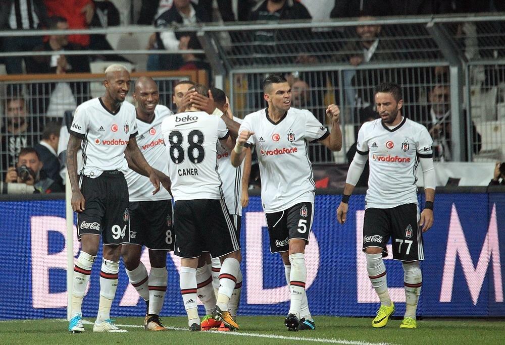Beşiktaş, Şampiyonlar Liginde oynadığı 2 maçta topladığı 6 puanla grubunda lider durumda.