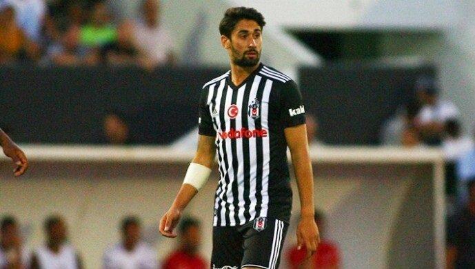 Orkan Çınar, milli takımdan sakat döndü.