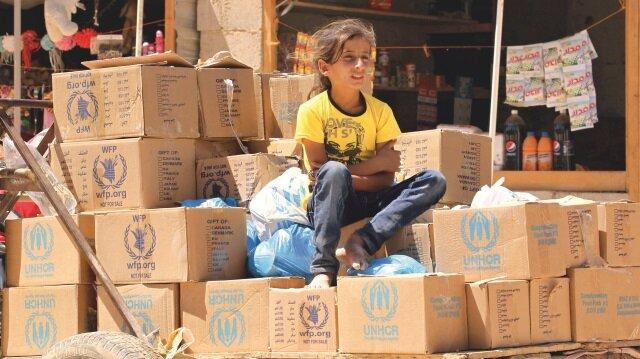 Batılı ülkeler, Suriyelilerin yaşadığı drama sessiz kalırken, yaptıkları gıda yardımları ile kendilerini avutuyor.