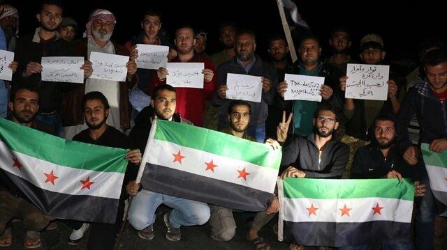 İdlib'de Türk askeri sevgi gösterileriyle karşılandı.