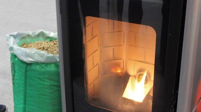 Bu soba talaş yakıyor, duman çıkarmıyor.