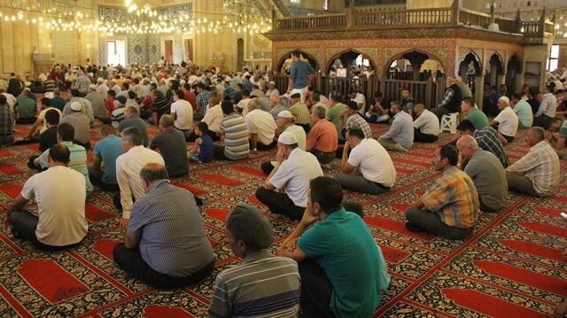 İslam dininde erkeklere farz olan cuma namazı, bu hafta da büyük bir katılımla kılınacak.