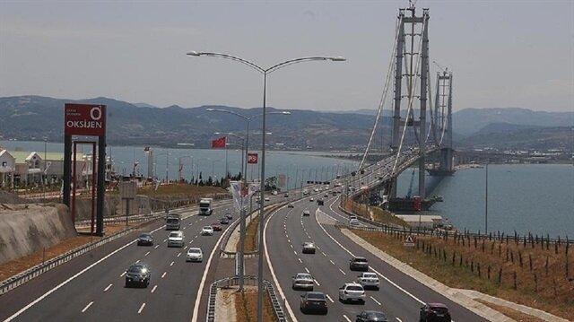 Osmangazi Köprüsü ile İstanbul-Bursa arasındaki seyahat süresi 45 dakikaya düşüyor.