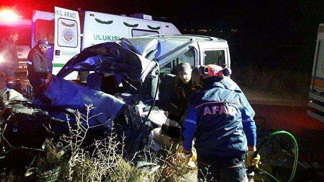 Niğde'de meydana gelen kazada 3 kişi hayatını kaybetti.