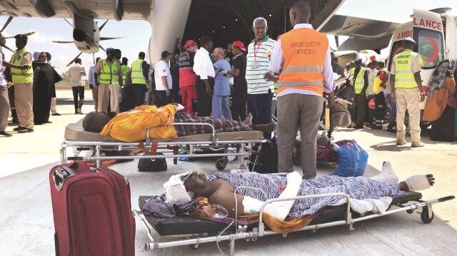 Türkiye Mogadişu'da yürekleri yakan terör saldırısının yaralarını sarmak için tüm gücüyle Somali'de.